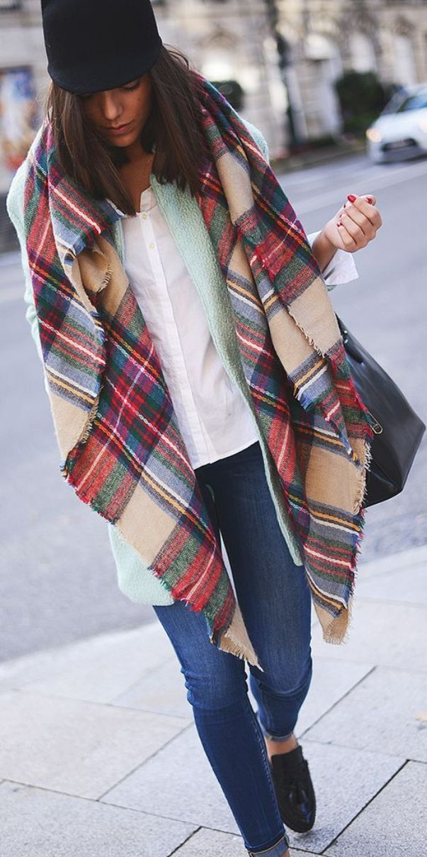 winter must have: tartan scarf