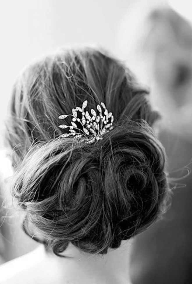 trendy jewel hair accessories - by Myra Madeleine