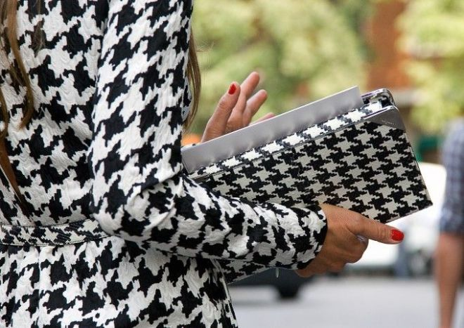 ways to wear houndstooth this fall - by Myra Madeleine