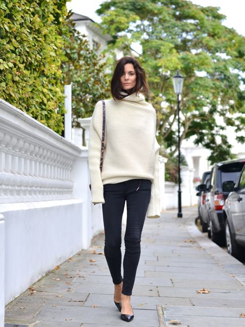 fall must-have: oversized knitted sweater | Myra Madeleine
