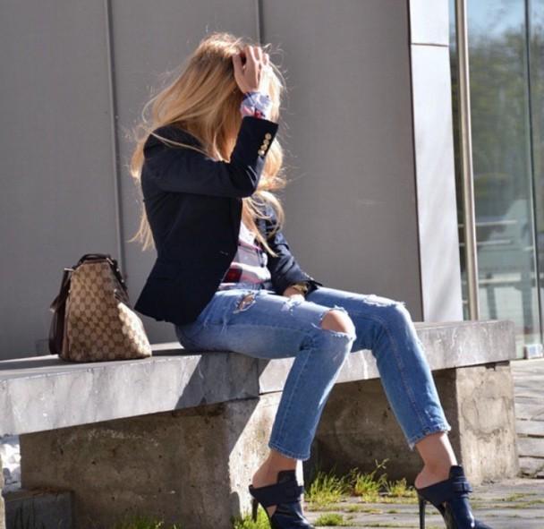 Skinny jeans and heels | Myra Madeleine